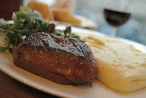 pave-de-boeuf-grille-viande-de-salers-aligot